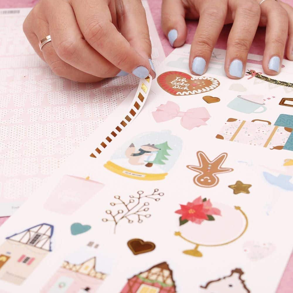 Baviera - LORA BAILORA scrapbook la esquinita del scrap tienda online scrapbooking venta colecciones papeles stickers die cuts chapas troqueles sellos 1