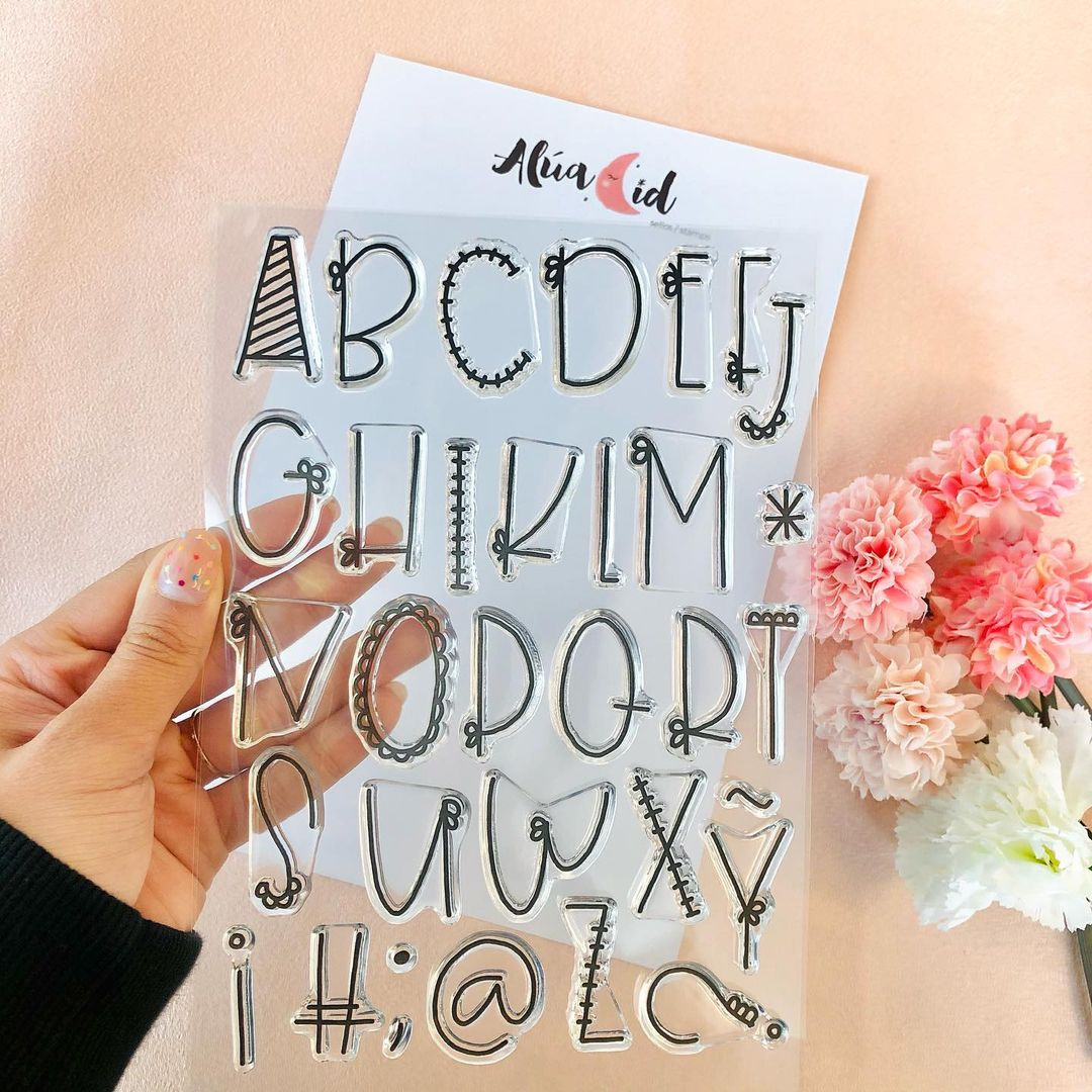 sello letras abecedario alfabeto mayúsculas ARI Alúa Cid scrapbooking La esquinita del scrap México 2